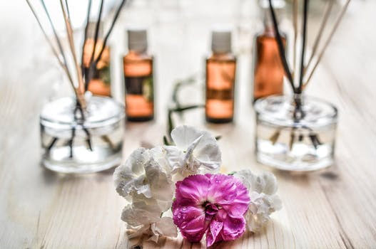 Using essential oils from natural plant extracts may promote a better night's sleep