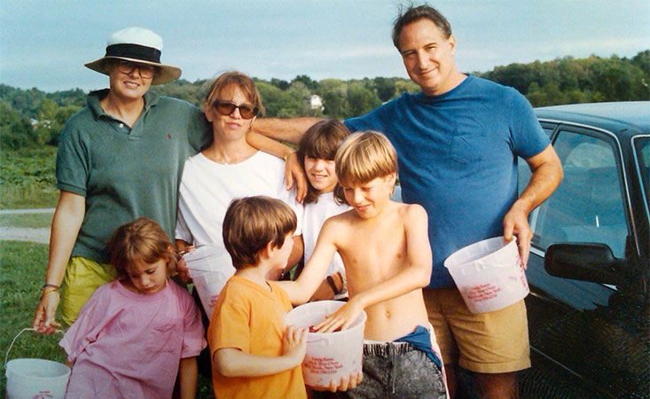 Family and friends of Peter Kenner who passed away from pancreatic cancer in 2010