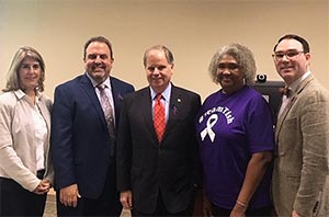 Witnesses testify to U.S. senator about importance of pancreatic cancer research
