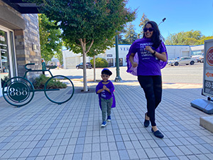 Wife and toddler go to support pancreatic cancer research.